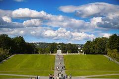 社论奥斯陆,挪威- 2016年8月18日:许多旅游步行Vige 免版税库存照片