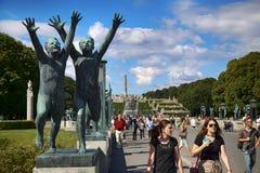 社论奥斯陆,挪威- 2016年8月18日:许多旅游步行Vige 免版税图库摄影