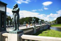 社论奥斯陆,挪威- 2016年8月18日:许多旅游步行Vige 库存图片