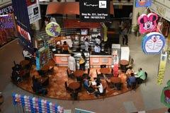 社论, 2015年6月07th日:古尔冈,德里,印度:在MG路的DT购物中心在古尔冈,它是其中一个第一个购物中心在古尔冈 免版税库存图片