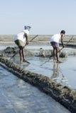 社论说明图象 可怜的工作者人在印度 库存照片