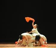 祈祷和希望七年现代舞蹈 免版税库存图片