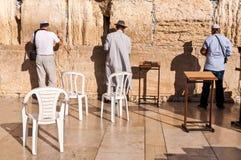 祈祷在哭墙耶路撒冷以色列 图库摄影