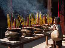 祈祷在越南 免版税库存图片