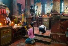 祈祷在越南 库存照片