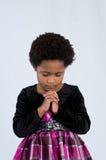 祈祷的非裔美国人的女孩 免版税库存照片