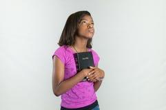 祈祷的非裔美国人青少年 图库摄影