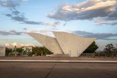 祖国和自由的坦克雷多・内维斯万神殿在三力量广场-巴西利亚,联邦的Distrito,巴西 库存照片