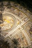 祖国阿尔塔雷della Patria的法坛,叫作国家历史文物对胜者伊曼纽尔II或II Vittoriano在日落 Piaz 免版税图库摄影