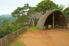 祖鲁族人村庄,南非 免版税库存照片