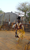 祖鲁族人院长在Shakaland祖鲁族人村庄,南非 库存图片