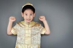 祝愿您愉快的春节的小男孩 图库摄影