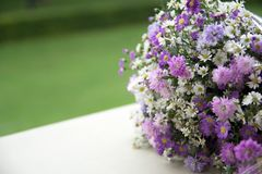 祝贺的花花束 免版税图库摄影