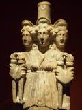 神、皇帝和英雄古老古色古香的雕象  免版税库存照片