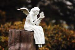 神仙的小雕象白色 免版税库存图片