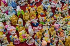 神和其他的小和五颜六色的神象 免版税图库摄影