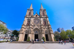 神圣大教堂的重点 是一个哥特式复兴天主教大教堂在广州,中国 免版税库存图片