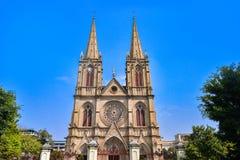 神圣大教堂的重点 是一个哥特式复兴天主教大教堂在广州,中国 免版税库存照片