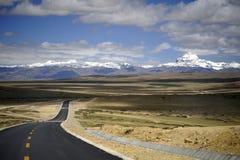 神圣的山在西藏-冈底斯山 库存图片