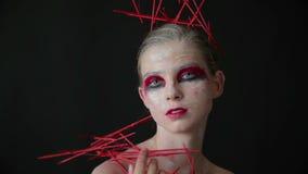 神奇女孩画象有创造性的构成和典雅的发型的 影视素材
