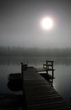 神奇有雾的早晨 免版税库存图片