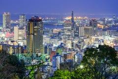 神户,日本市地平线 免版税库存照片