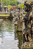 神的妇女战士雕象一个寺庙的在巴厘岛 图库摄影