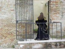 神秘妇女,威尼斯狂欢节  免版税图库摄影