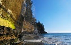 神秘的海滩 免版税库存图片