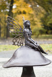 神仙的雕塑在公园 免版税库存照片