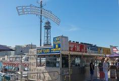 票地方Golondrinas巡航的小船的在巴塞罗那p 免版税库存图片