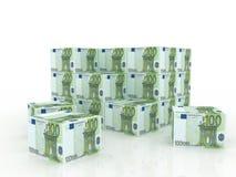 票据把欧洲货币堆装箱 免版税图库摄影