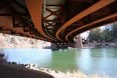 票据桥梁healy在底下 库存图片
