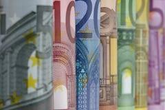 票据结算卷起的欧元 库存图片