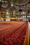 祷告区域在苏丹阿哈迈德清真寺(蓝色清真寺),伊斯坦布尔 免版税图库摄影