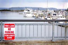 禁止停车标志 库存照片