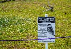 禁止牌在海牛公园,佛罗里达 免版税库存照片