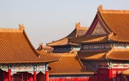 禁止的北京市顶房顶黄色 免版税图库摄影