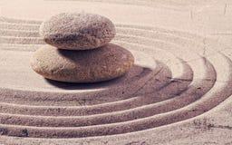 禅宗灵活性和灵性的两块石头 图库摄影