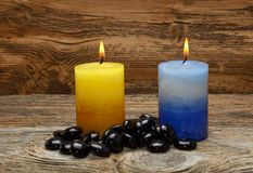 禅宗石头和芳香蜡烛 图库摄影