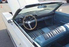 1968年福特托里诺敞篷车内部  免版税库存图片