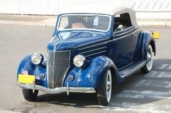 1936年福特敞篷车小轿车 免版税库存照片