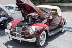 1940年福特敞篷车 免版税图库摄影