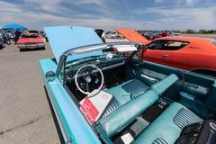 1964年福特敞篷车 免版税库存图片