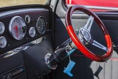 福特普遍的经典葡萄酒汽车 免版税库存照片