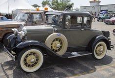 1930年福特模型汽车侧视图 库存照片