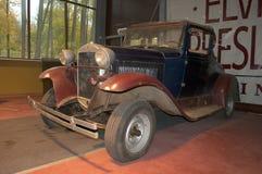 福特模型A (1927)在博物馆 Zelenogorsk 免版税图库摄影