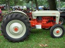 福特模型NAA拖拉机 免版税库存图片