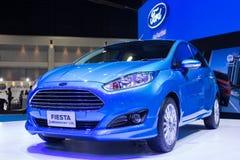 福特节日eco在第30泰国国际马达商展的助力1.0L汽车2013年12月3日在曼谷,泰国 免版税图库摄影