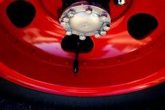 1940年福特霍华德木桶匠消防车外缘和轮胎 库存图片